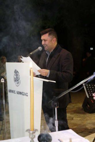 3 Την παρουσίαση της φετινής έκθεσης ανέλαβε ο γνωστός παρουσιαστής Δημήτρης Μάρκος